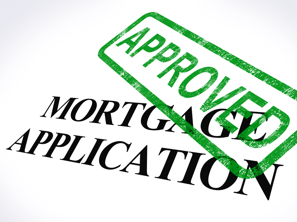 Mortgage Loans 101: What's the Difference Between a Banker & Broker?